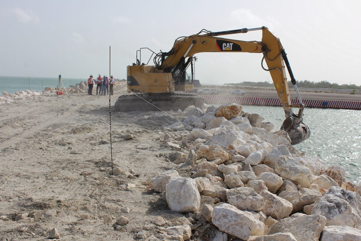 Fortalecimiento de la infraestructura portuaria de la Entidad.